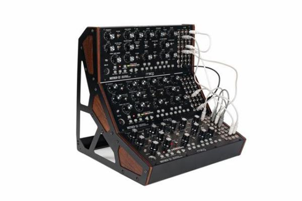Rack studio Moog Mother-32 Three Tier Rack Kit