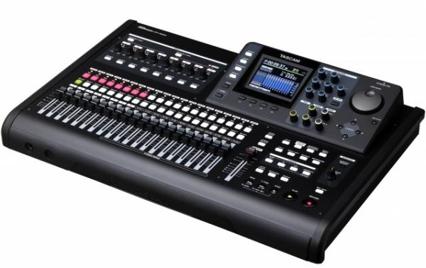 Enregistreur multi-pistes Tascam DP-32 SD
